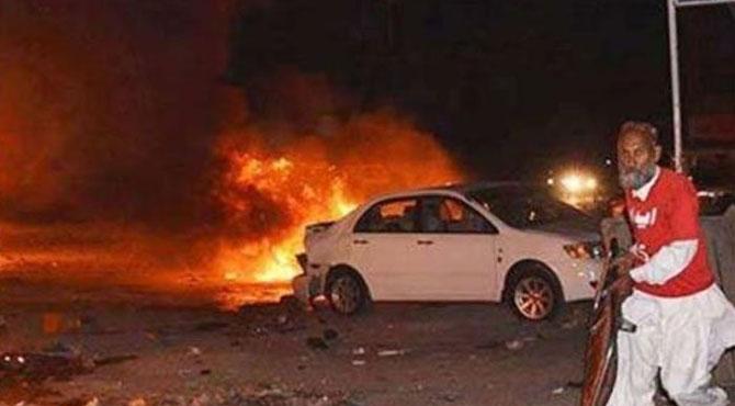 موٹروے پر خوفناک حادثہ،نوبیاہتا جوڑے سمیت7افراد جاں بحق