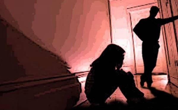 سفاک شخص نے 12 سالہ معذور بچی کو جنسی درندگی کا نشانہ بنانے کے بعد ویڈیو ایسی جگہ بھیج دی کہ دیکھنے والوں کو بڑا جھٹکا لگ گیا
