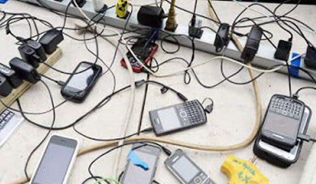 آپ اپنا اسمارٹ فون غلط طریقے سے تو چارج نہیں کررہے؟