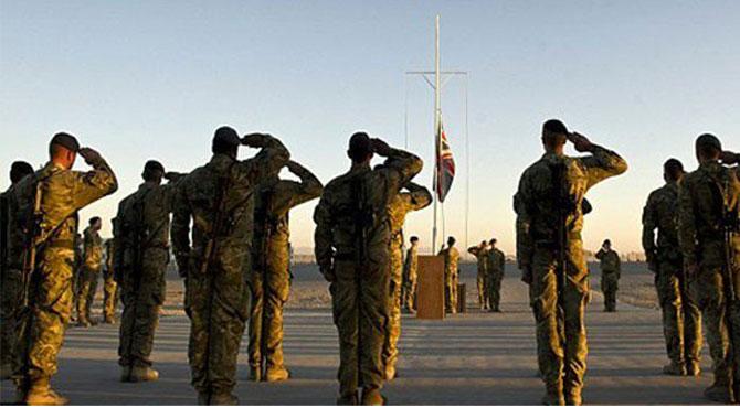 ٹرمپ کے دباﺅ پر برطانیہ کا مزید فوجی افغانستان بھیجنے کا وعدہ