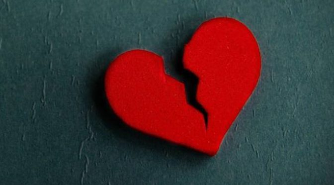 خبردار! دل کا ٹوٹنا جان لیوا بھی ثابت ہوسکتا ہے
