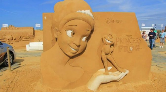 مجسمہ سازوں کا فن: مٹی سے بنے بولتے کردار سب کی توجہ کا مرکز