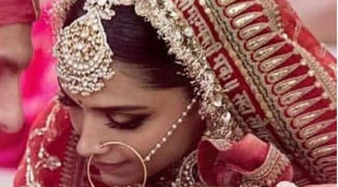 دپیکا کے شادی کے جوڑے پر درج خاص پیغام کیا تھا؟آپ بھی حیرا ن رہ جا ئینگے