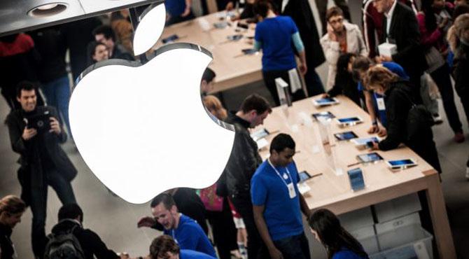 ایپل موبائل کمپنی کو تاریخ کا سب سے بڑا جھٹکا ، وہ ہو گیا جو کمپنی نے کبھی نہ سوچا تھا