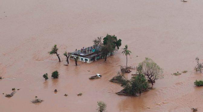 موزمبیق میں طوفان ، ہزاروںہلاکتوں کا خدشہ، شہر اور اس کے قریبی علاقے 90 فیصد تباہ