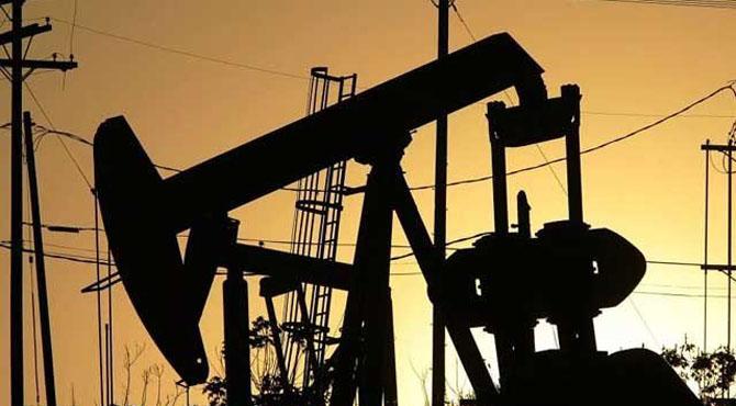 تیل کی تلاش کے لیے امریکی جہاز کراچی پہنچ گئے