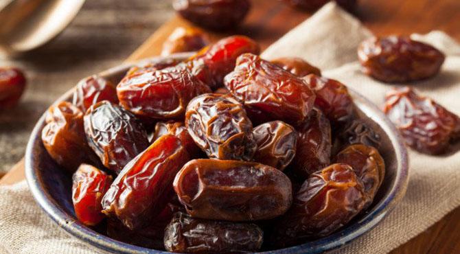 رمضان المبارک ۔۔۔ کھجوریں مہنگی