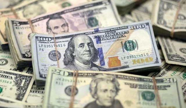 ڈالر تاریخ کی بلند ترین سطح 156 روپے پر جا پہنچا