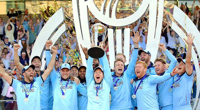 انگلینڈ کرکٹ کی تاریخ کا متنازعہ ترین چیمپئن بن گیا