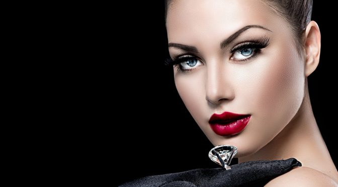 روشن آنکھوں اور ہونٹوں کی خوبصورتی کیلئے مفید غذائیں