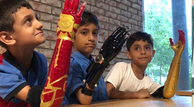 پاکستانی انجینئرزکا کا رنا مہ ، معذوروں کیلئے مصنوعی روبوٹک ہاتھ تیارکر کے دنیا کو حیرا ن کر دیا