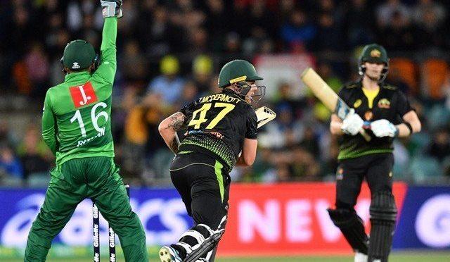 آسٹریلیا نے پاکستان کو تیسرے میچ میں شکست دیکر ٹی ٹوئنٹی سیریز اپنے نام کرلی