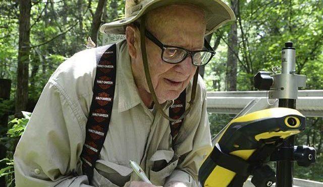 عمررسیدہ امریکی ملازم 102 سال کی عمر میں ریٹائر