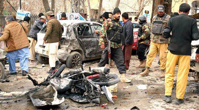کوئٹہ میں خودکش دھماکہ ،3اہلکاروں سمیت 8جاں بحق ،19زخمی