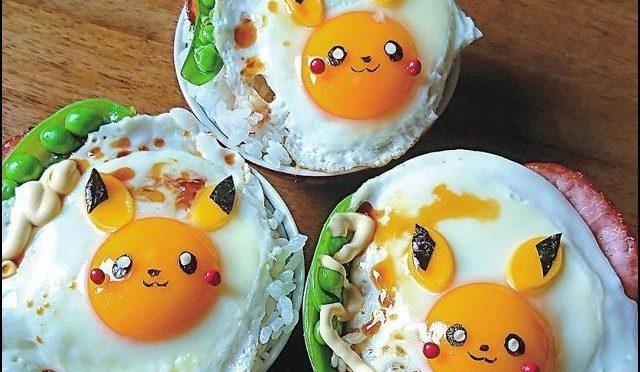 ناشتے میں بچوں کی دلچسپی بڑھانے کیلئے انڈوں سے خوبصورت کارٹون بنانے والی خاتون