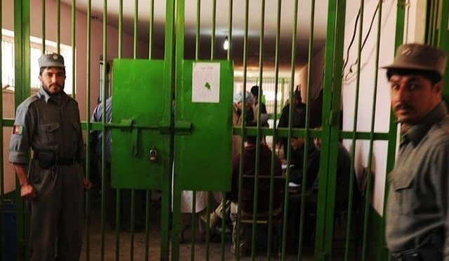 کورونا وائرس؛ افغان حکومت کا 10 ہزار قیدی رہا کرنے کا اعلان