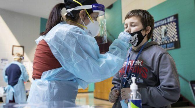 عالمی ادارہ صحت کی اسکولوں میں کورونا ٹیسٹ کروانے کی تجویز