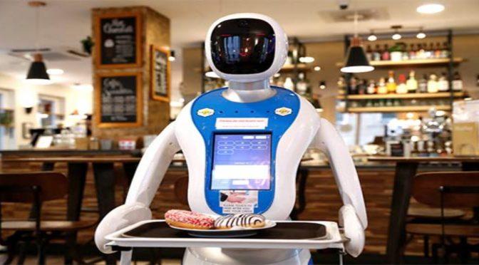 کورونا کے مریضوں کو کھانا فراہم کر نے والا روبوٹ متعارف
