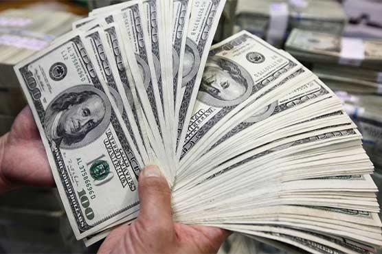کاروباری ہفتہ کے پہلے روز ڈالر کی اونچی اڑان، 92 پیسے مہنگا