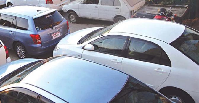 کراچی میں کاریں چوری کرنے والے اعلیٰ تعلیم یافتہ ملزمان کا 4 رکنی گروہ گرفتار