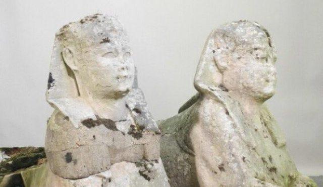 باغیچے میں رکھے معمولی مجسمے قدیم مصری نوادرات نکلے